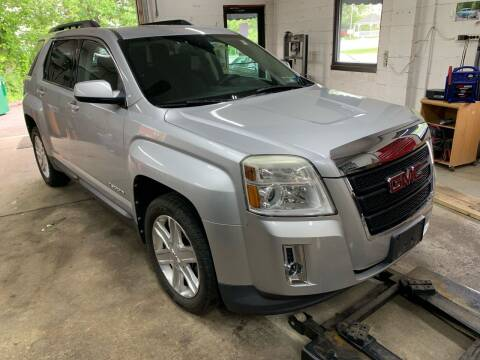 2012 GMC Terrain for sale at QUINN'S AUTOMOTIVE in Leominster MA