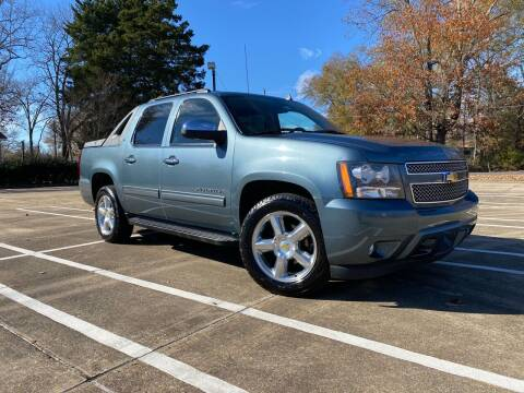 2011 Chevrolet Avalanche for sale at BLANCHARD AUTO SALES in Shreveport LA