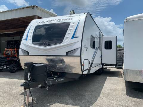 2020 Forest River Freedom Express for sale at MILLENIUM MOTOR SALES, INC. in Rosenberg TX