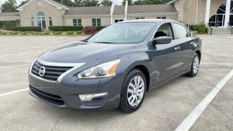 2013 Nissan Altima for sale at 411 Trucks & Auto Sales Inc. in Maryville TN