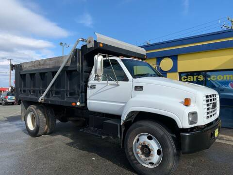 2000 Chevrolet C6500 for sale at Star Cars Inc in Fredericksburg VA
