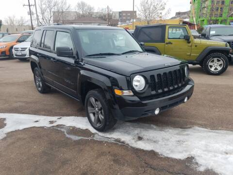 2016 Jeep Patriot for sale at BERKENKOTTER MOTORS in Brighton CO