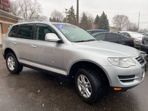 2009 Volkswagen Touareg 2 for sale at A 1 Motors in Monroe MI