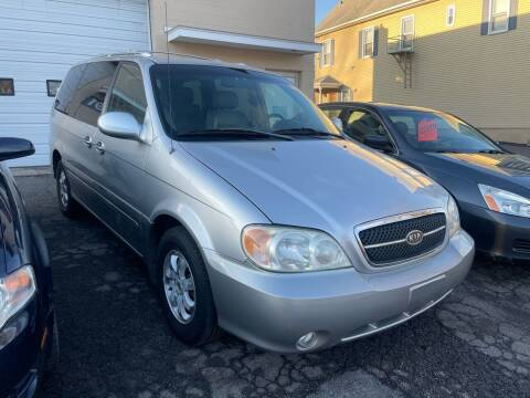 2004 Kia Sedona for sale at Dennis Public Garage in Newark NJ