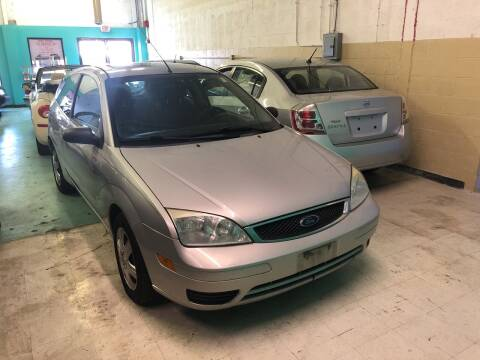 2007 Ford Focus for sale at Cargo Vans of Chicago LLC in Mokena IL