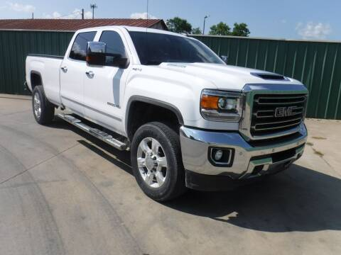 2018 GMC Sierra 2500HD for sale at Triple C Auto Sales in Gainesville TX