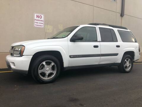 2004 Chevrolet TrailBlazer EXT for sale at International Auto Sales in Hasbrouck Heights NJ
