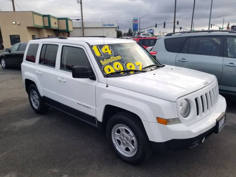 2014 Jeep Patriot for sale at Showcase Luxury Cars II in Pinedale CA