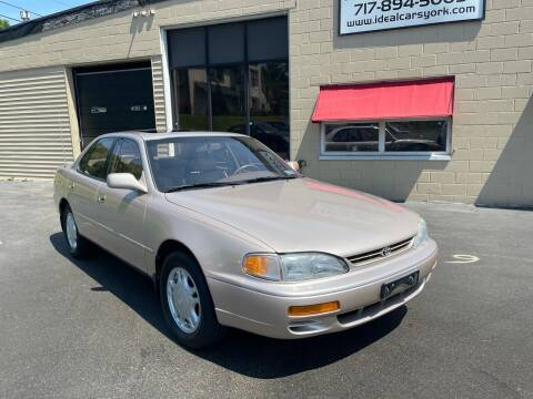 1995 Toyota Camry for sale at I-Deal Cars LLC in York PA