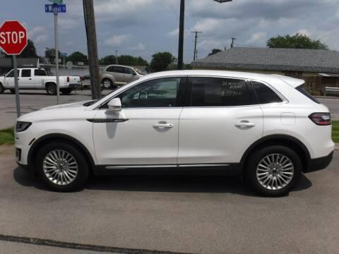 2019 Lincoln Nautilus for sale at Dave's Car Corner in Hartford City IN