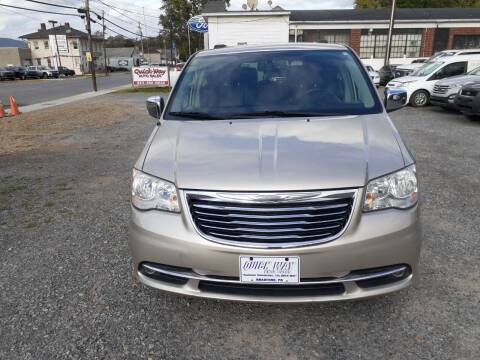 2015 Chrysler Town and Country for sale at QUICK WAY AUTO SALES in Bradford PA