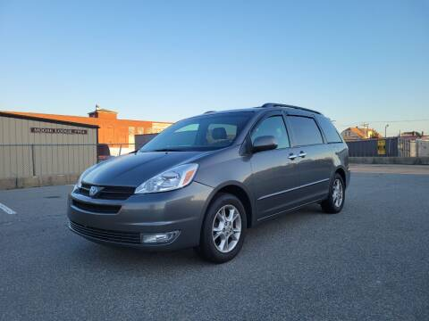 2005 Toyota Sienna for sale at iDrive in New Bedford MA