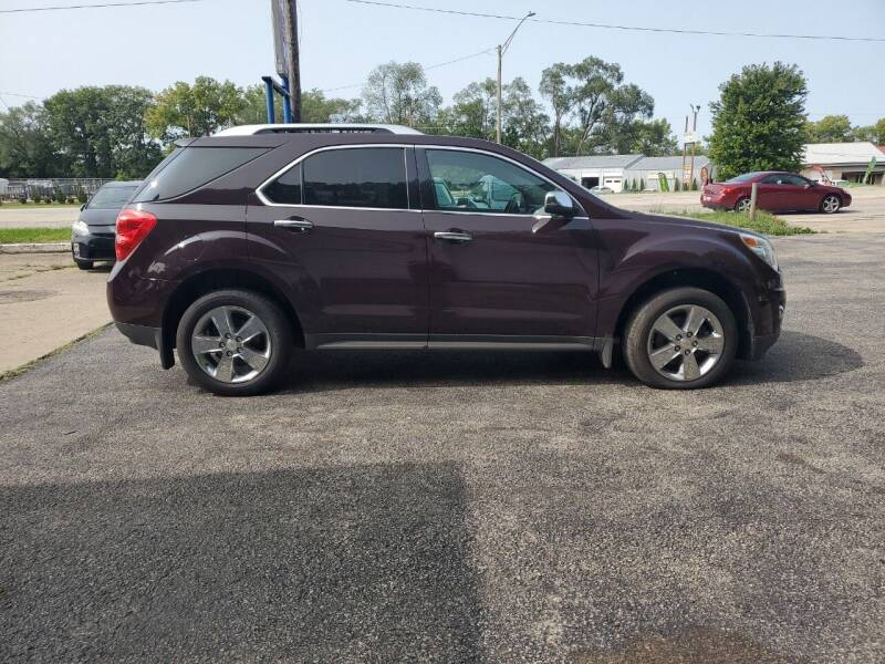 2011 Chevrolet Equinox for sale at Dave's Garage & Auto Sales in East Peoria IL