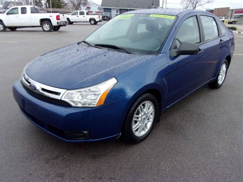 2009 Ford Focus for sale at Ideal Auto Sales, Inc. in Waukesha WI