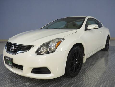 2012 Nissan Altima for sale at Hagan Automotive in Chatham IL