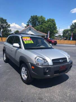 2008 Hyundai Tucson for sale at Houser & Son Auto Sales in Blountville TN