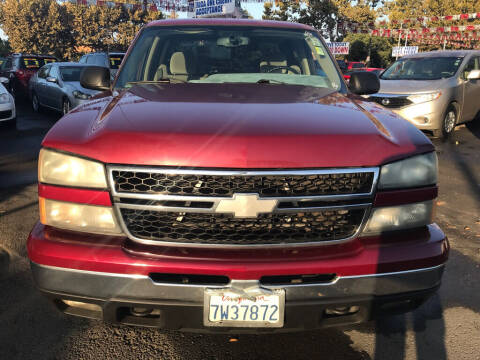 2006 Chevrolet Silverado 1500 for sale at EXPRESS CREDIT MOTORS in San Jose CA