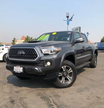 2018 Toyota Tacoma for sale at LUGO AUTO GROUP in Sacramento CA