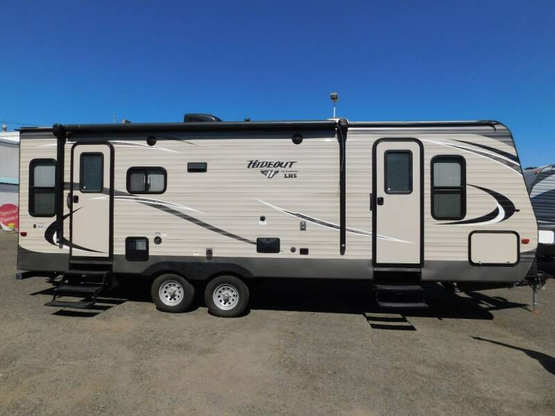 2018 Keystone HIDEOUT 24LHSWE for sale at Gold Country RV in Auburn CA