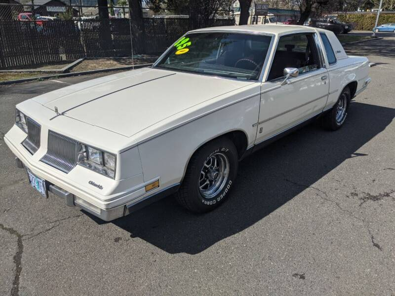 1986 Oldsmobile Cutlass Supreme for sale at Teddy Bear Auto Sales Inc in Portland OR