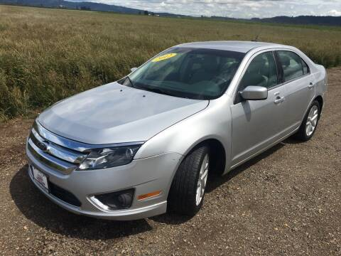 2012 Ford Fusion for sale at M AND S CAR SALES LLC in Independence OR