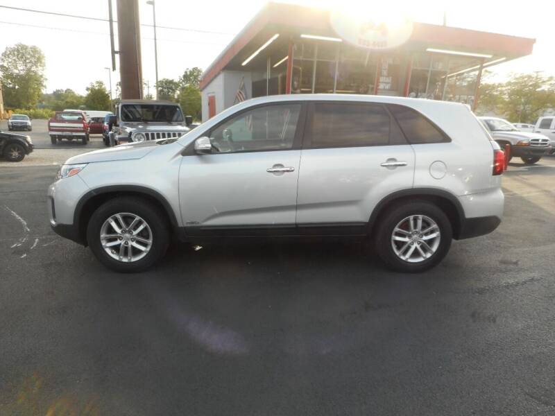 2015 Kia Sorento for sale at The Carriage Company in Lancaster OH