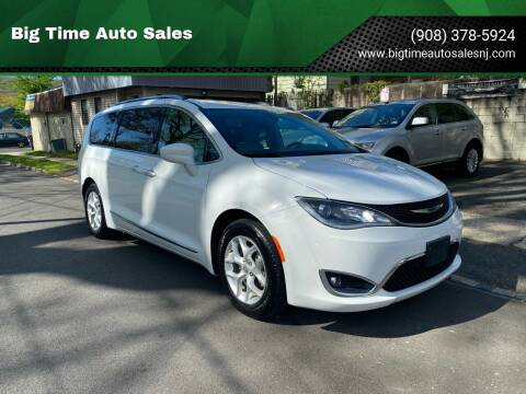 2018 Chrysler Pacifica for sale at Big Time Auto Sales in Vauxhall NJ