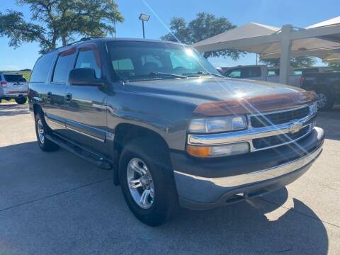 2002 Chevrolet Suburban for sale at Thornhill Motor Company in Hudson Oaks, TX