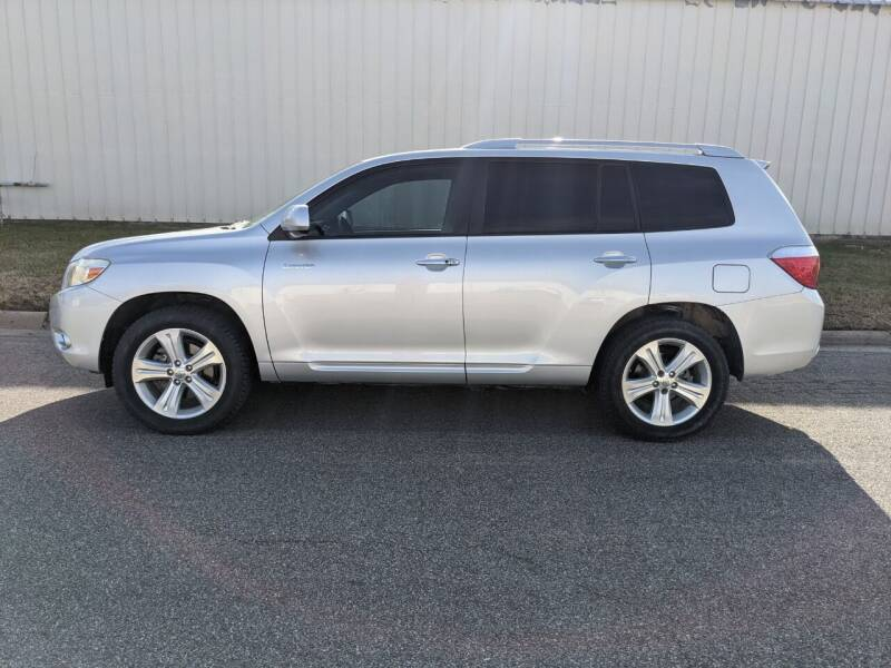 2008 Toyota Highlander for sale at TNK Autos in Inman KS