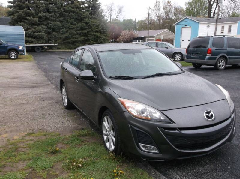 2011 Mazda MAZDA3 for sale at Straight Line Motors LLC in Fort Wayne IN