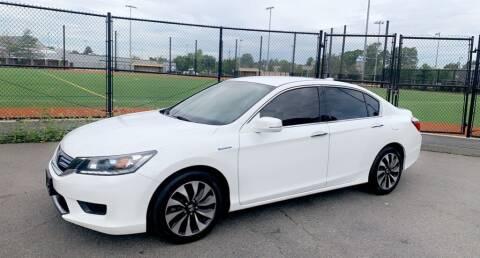 2015 Honda Accord Hybrid for sale at Maxima Auto Sales in Malden MA