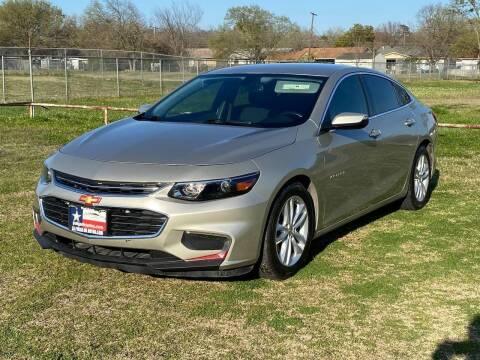 2016 Chevrolet Malibu for sale at LA PULGA DE AUTOS in Dallas TX