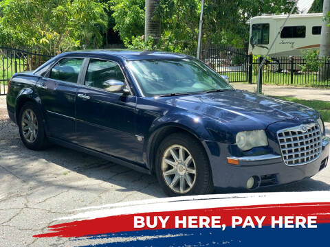 2005 Chrysler 300 for sale at Mid City Motors Auto Sales - Mid City North in N Fort Myers FL