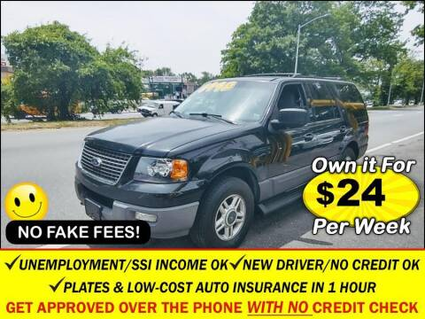 2003 Ford Expedition for sale at AUTOFYND in Elmont NY