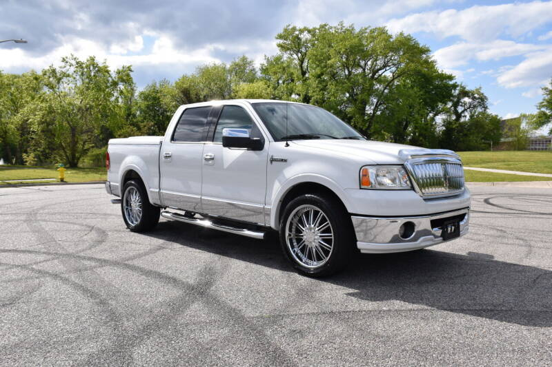 2007 Lincoln Mark LT for sale at Wheel Deal Auto Sales LLC in Norfolk VA