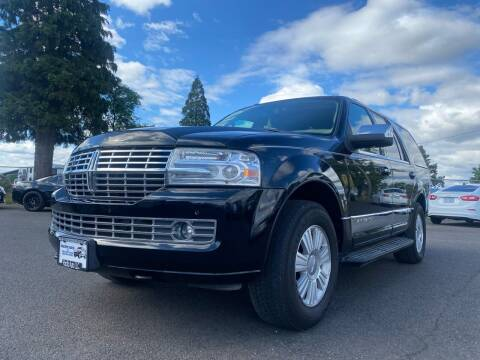 2009 Lincoln Navigator for sale at Pacific Auto LLC in Woodburn OR
