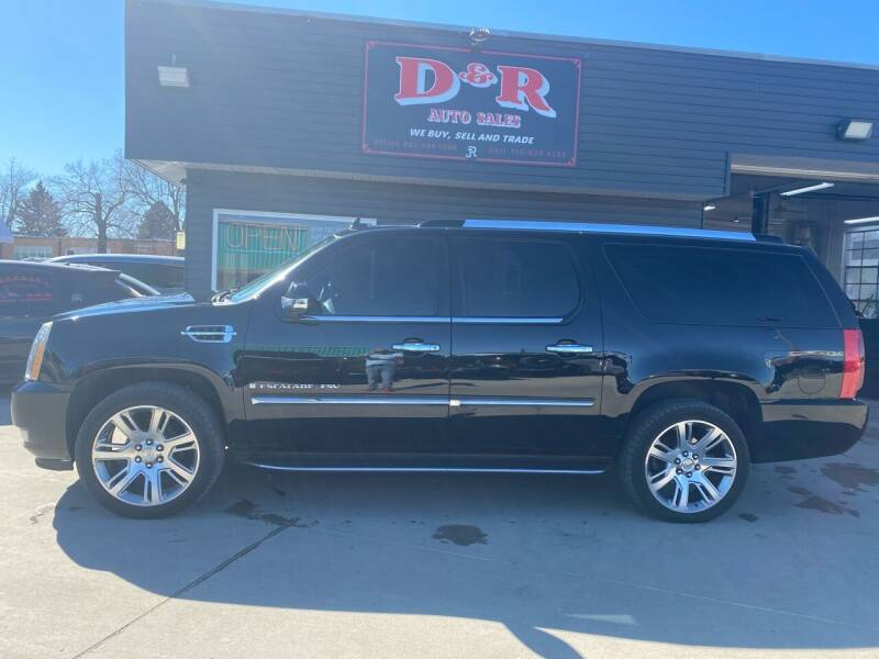 2008 Cadillac Escalade ESV for sale at D & R Auto Sales in South Sioux City NE