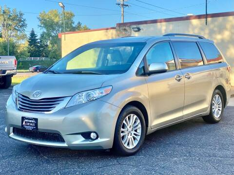 2017 Toyota Sienna for sale at North Imports LLC in Burnsville MN