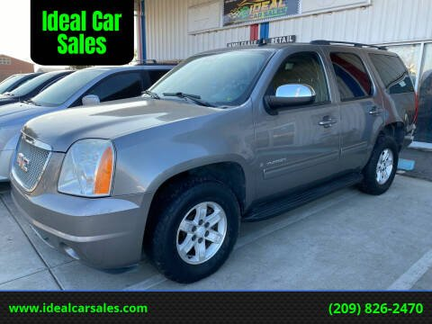 2009 GMC Yukon for sale at Ideal Car Sales in Los Banos CA