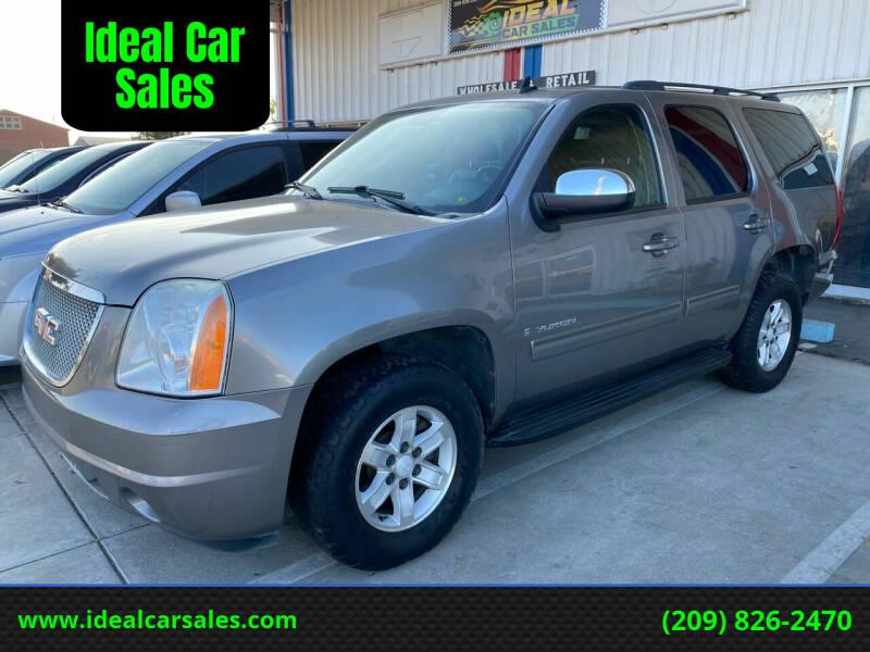 2009 GMC Yukon for sale at Ideal Car Sales in Los Banos CA