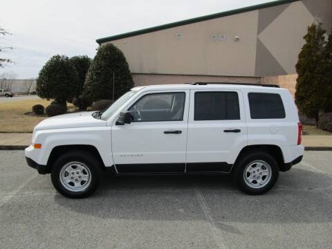 2014 Jeep Patriot for sale at JON DELLINGER AUTOMOTIVE in Springdale AR