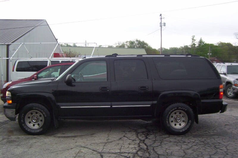 2002 Chevrolet Suburban for sale at PAUL'S PAINT & BODY SHOP in Des Moines IA