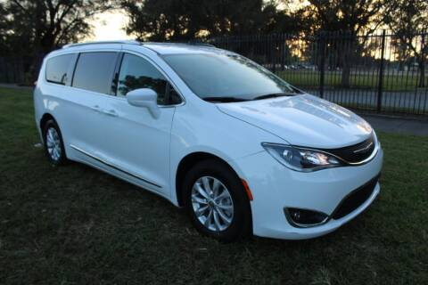 2019 Chrysler Pacifica for sale at Truck and Van Outlet - All Inventory in Hollywood FL