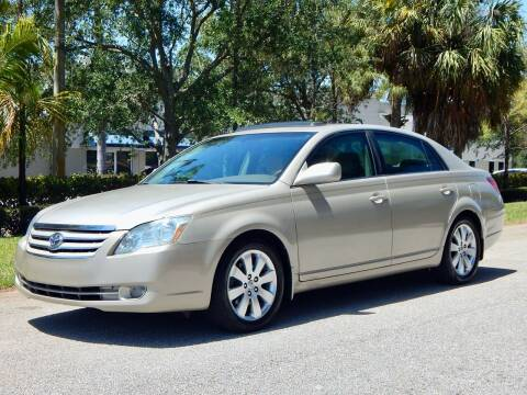 2006 Toyota Avalon for sale at VE Auto Gallery LLC in Lake Park FL