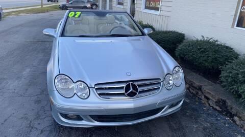 2007 Mercedes-Benz CLK for sale at SUN AUTOMOTIVE in Greensboro NC