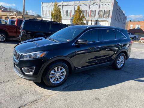 2017 Kia Sorento for sale at East Main Rides in Marion VA