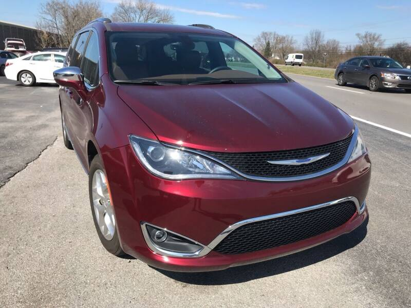 2017 Chrysler Pacifica for sale at Tennessee Auto Brokers LLC in Murfreesboro TN
