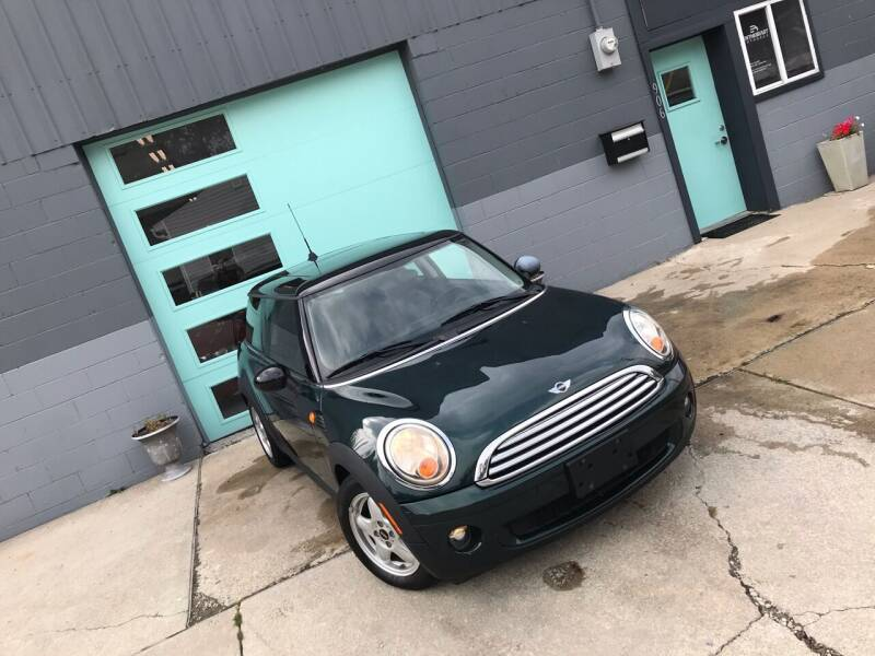2009 MINI Cooper for sale at Enthusiast Autohaus in Sheridan IN