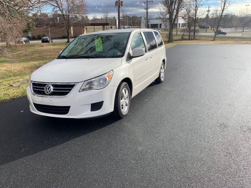 2010 Volkswagen Routan for sale at Augusta Auto Sales in Waynesboro VA