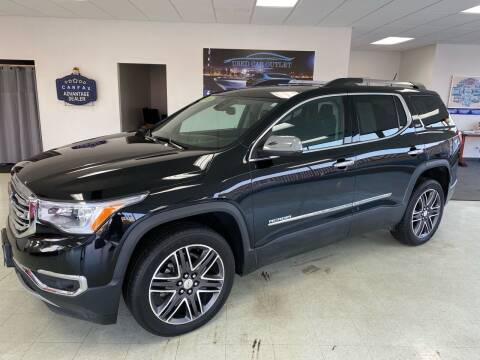 2018 GMC Acadia for sale at Used Car Outlet in Bloomington IL